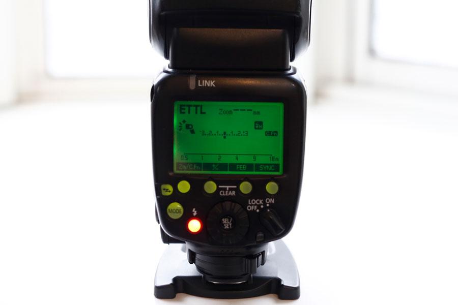クリップオンストロボ、スピードライトの画像