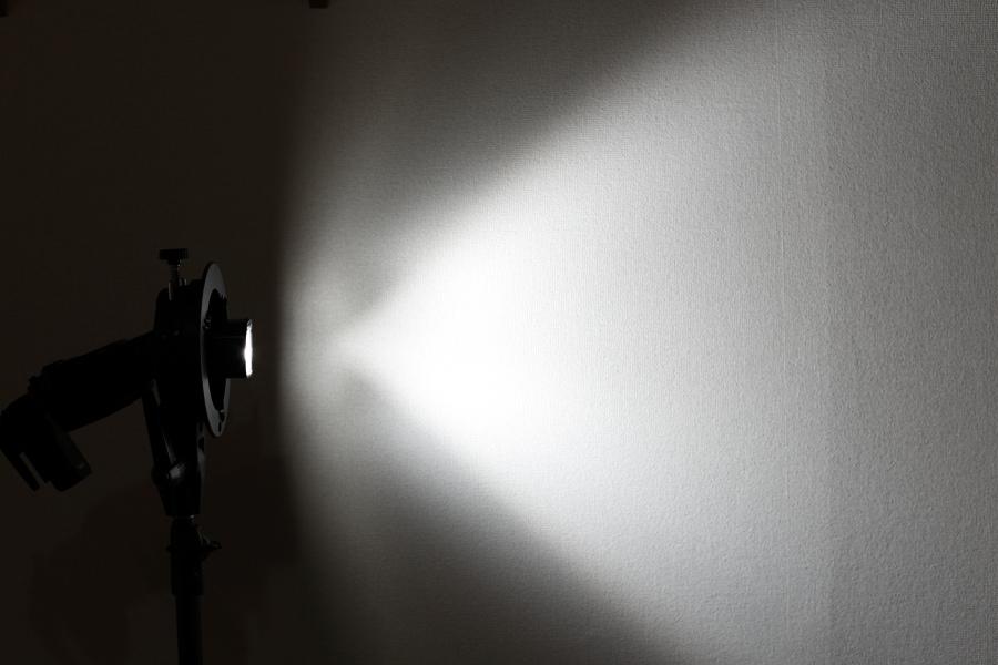 クリップオンストロボ光