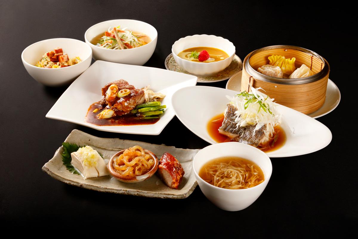 中華料理の料理写真