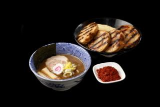 つけ麺の料理写真