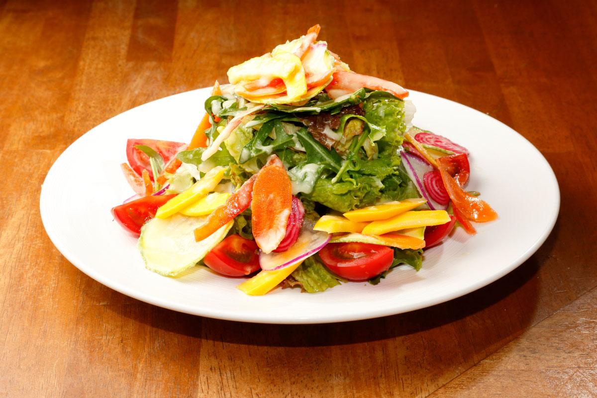 サラダの料理写真